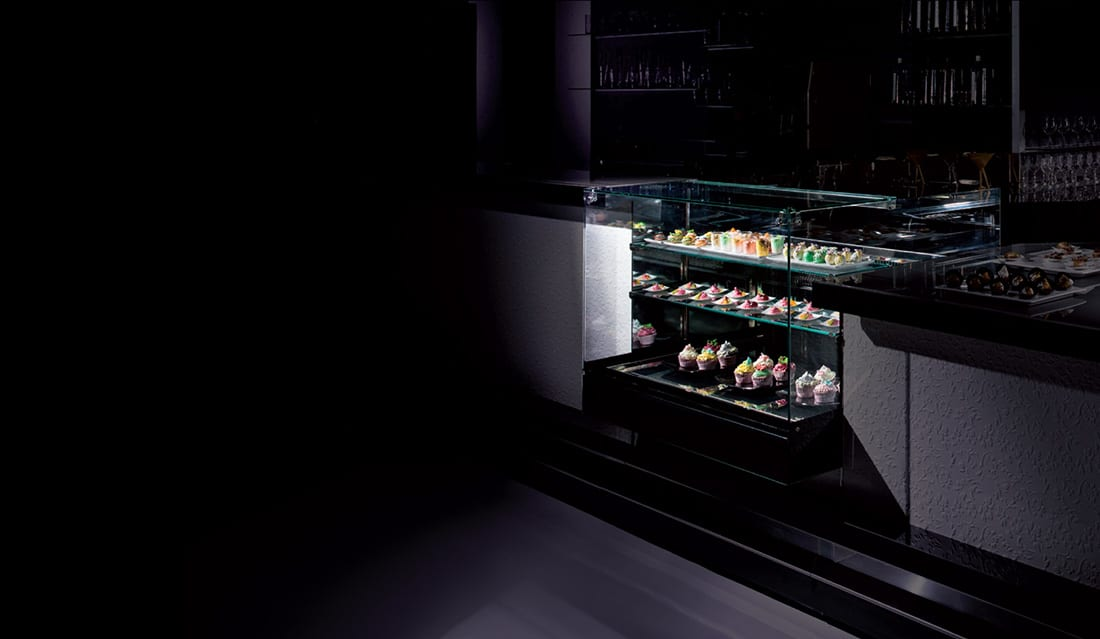 ISA Kelly Gelato, Pastry cabinet