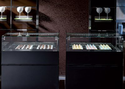 ISA Kelly Gelato, Pastry cabinet